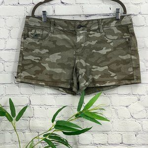 People's Liberation Camo Shorts w/ Star Details